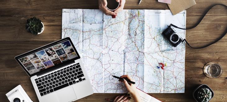 travel-blogger-cose