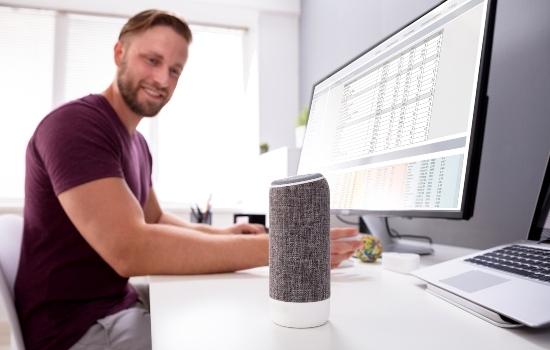 voice-technology-voice-search-come-la-voce-sta-cambiando-le-nostre-vite